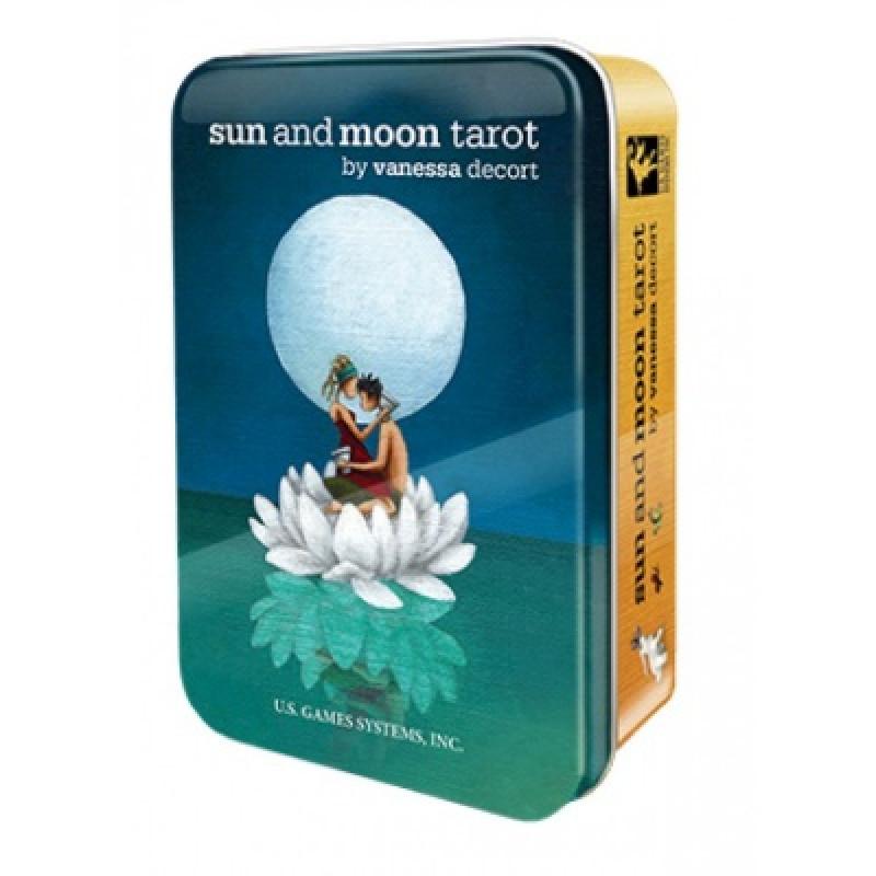 Карты Таро Sun and Moon Tarot in a Tin/Солнца и Луны таро в жестяной коробке, USG